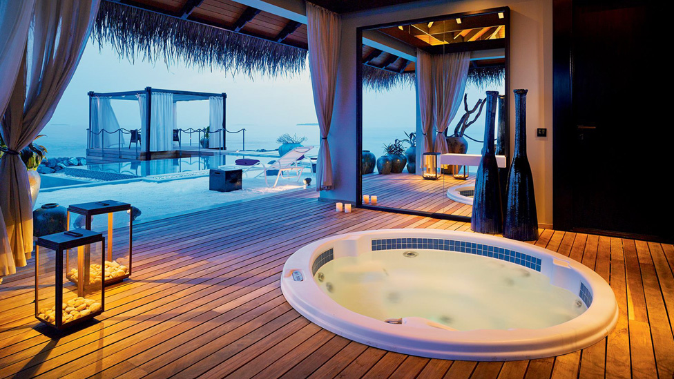 Romantic Pool Residence at Velaa Private Island